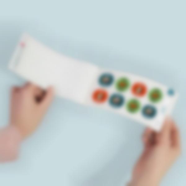 adesivi rotondi personalizzati con il nome