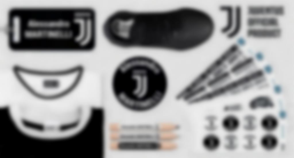 Le etichette personalizzate ai colori della Juventus